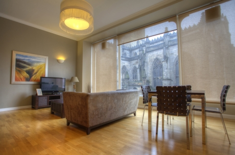 Edinburgh Royal Mile apartments