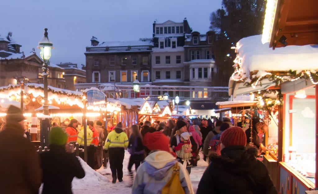 edinburgh-christmas-markets