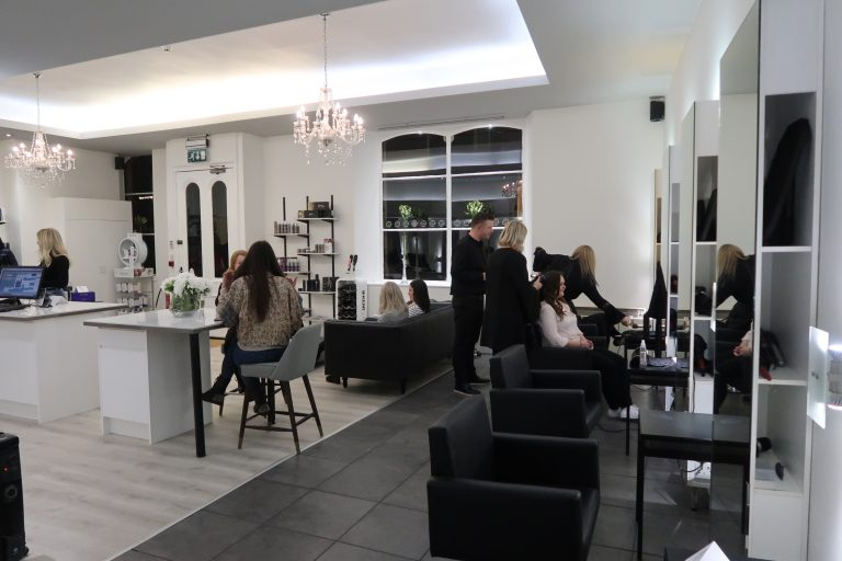 The Newly Re Launched Sesh Hairdressing Salon In Leith Situated On Bernard Street Heart Of Creative Area Edinburgh Is A Treat To Escape