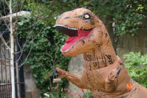 Dynamic Earth's Dino Hangs Up Bird Feeder from DIY Day (1)